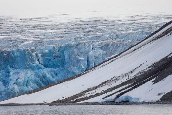 Glacier front Svalbard 11-08-2015